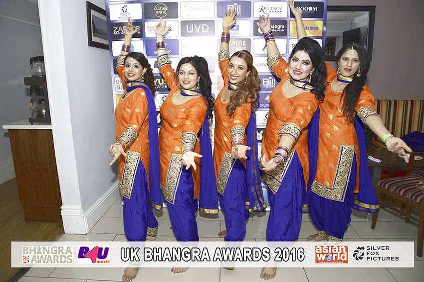 Get fit in 2017 with a blend of Bollywood and Bhangra